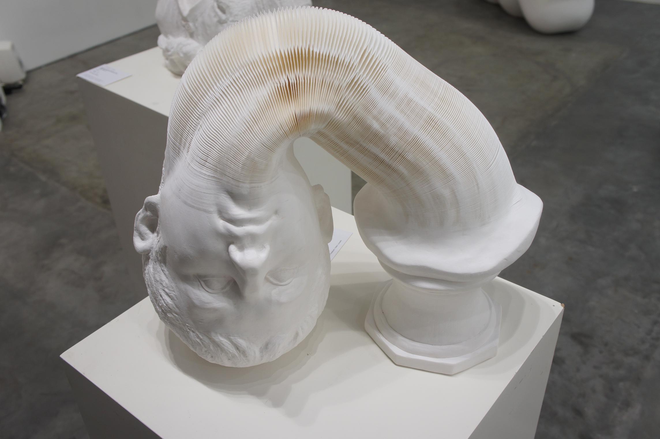 A moving sculpture eight art gallery